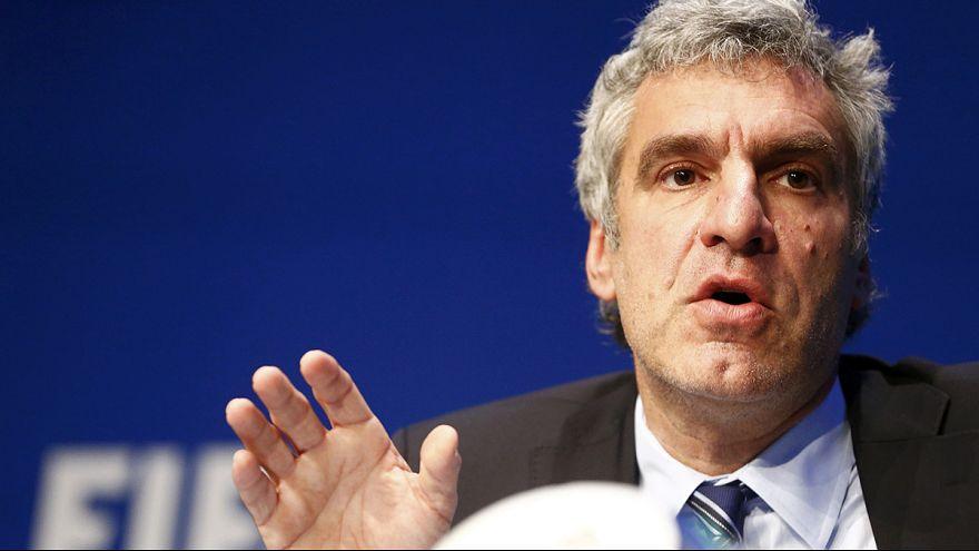 """FIFA réaction : """"le congrès est maintenu, Blatter pas impliqué"""""""