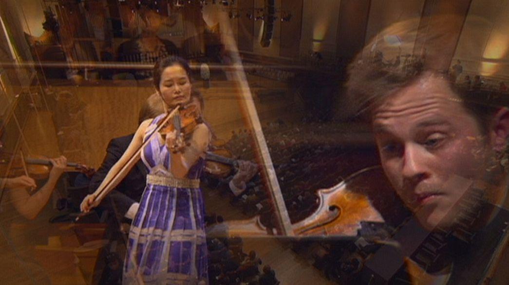 12 عازفاً على آلة الكمان يتنافسون للحصول على جائزة الملكة إليزابيث الدولة