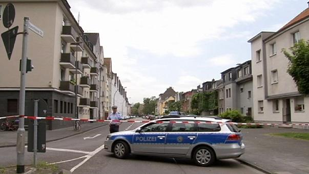 Köln: Óriásbomba miatt egy városnyi embert telepítettek ki