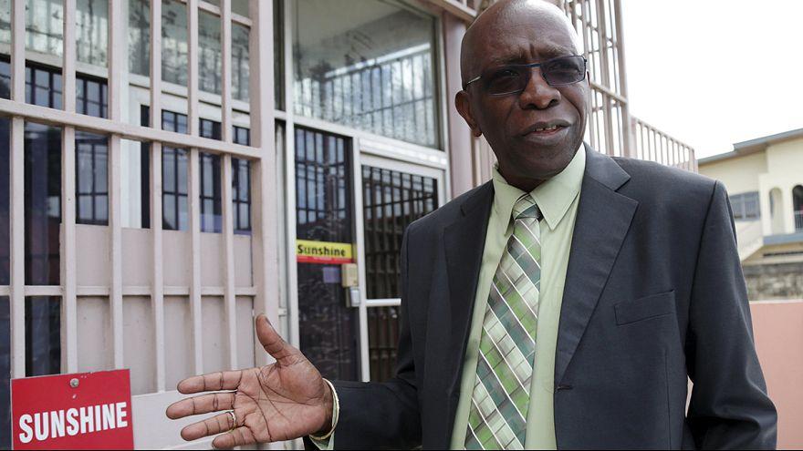 Festnahmen und Durchsuchungen: Bestechungsvorwürfe erschüttern die FIFA