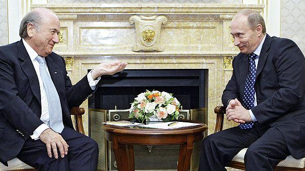 """فلاديمير بوتين: واشنطن تتدخل في ما لا يعنيها بشأن الاعتقالات في """"الفيفا"""""""