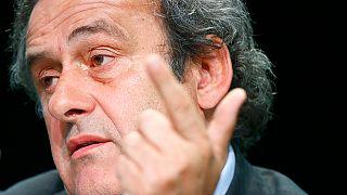 Μισέλ Πλατινί: «Μπλάτερ παραιτήσου»