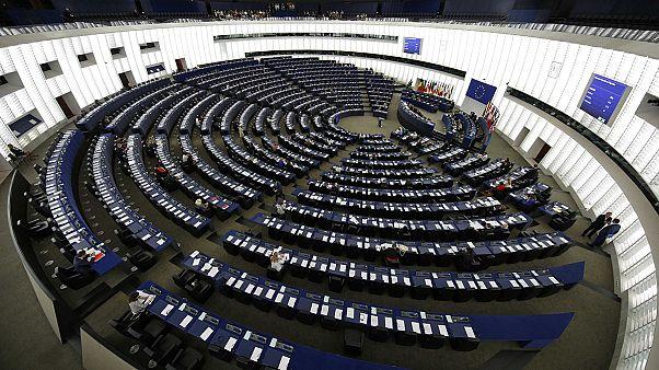Συμβιβασμός στο Ευρωκοινοβούλιο σε ψήφισμα για την εμπορική συμφωνία ΕΕ-ΗΠΑ