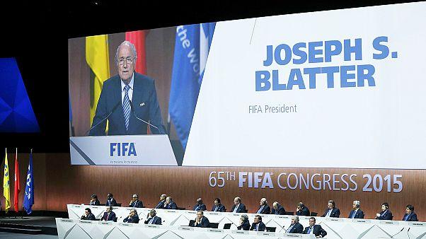 خیز بلاتر برای حفظ ریاست فیفا