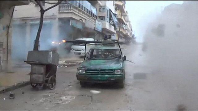 صور شحنات أسلحة تركية إلى المعارضة السورية وأنقرة تصف التقرير بالخيانة