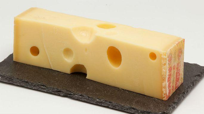 İsviçre peynirlerindeki deliklerin sırrı çözüldü