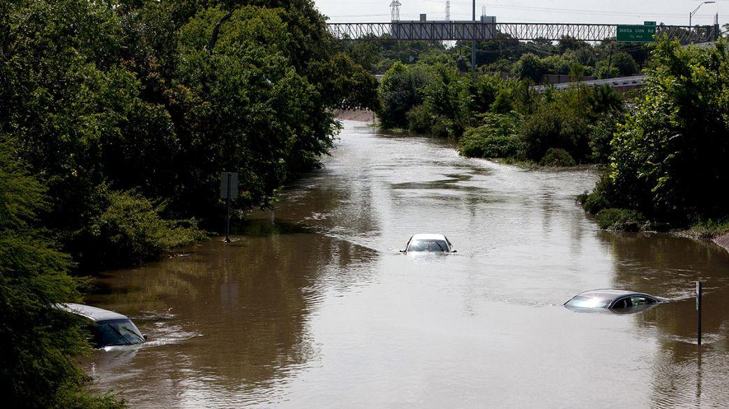 الفيضانات تدفع أوباما لاعلان تكساس منطقة كوارث