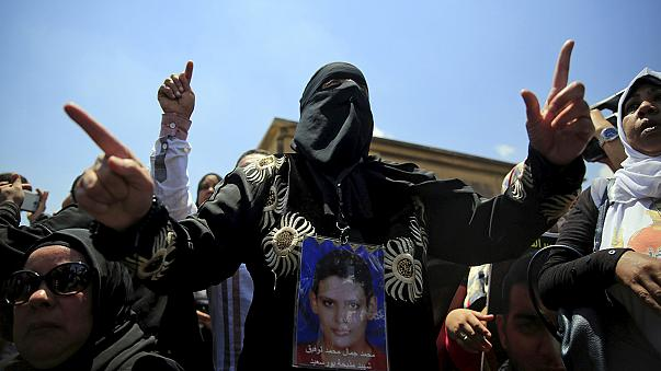 """""""Hooligans"""" egípcios vão a novo julgamento"""