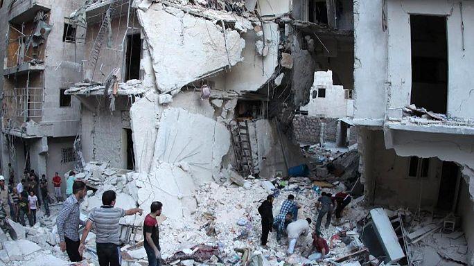 """Сирия: """"бочковые бомбы"""" и взорванная тюрьма Пальмиры"""
