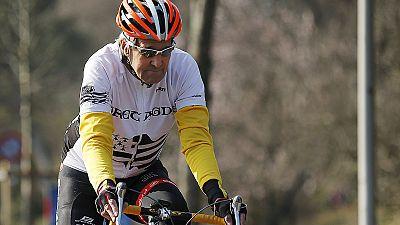 Kerry breaks leg in Alps bike accident