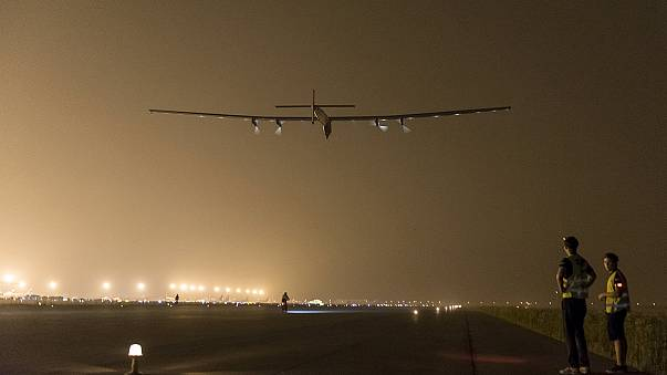 Solar Impulse 2 pilot reports 'unbelievable' Pacific flight