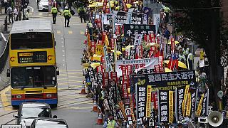 Unas 3.000 personas piden democracia en las calles de Hong Kong
