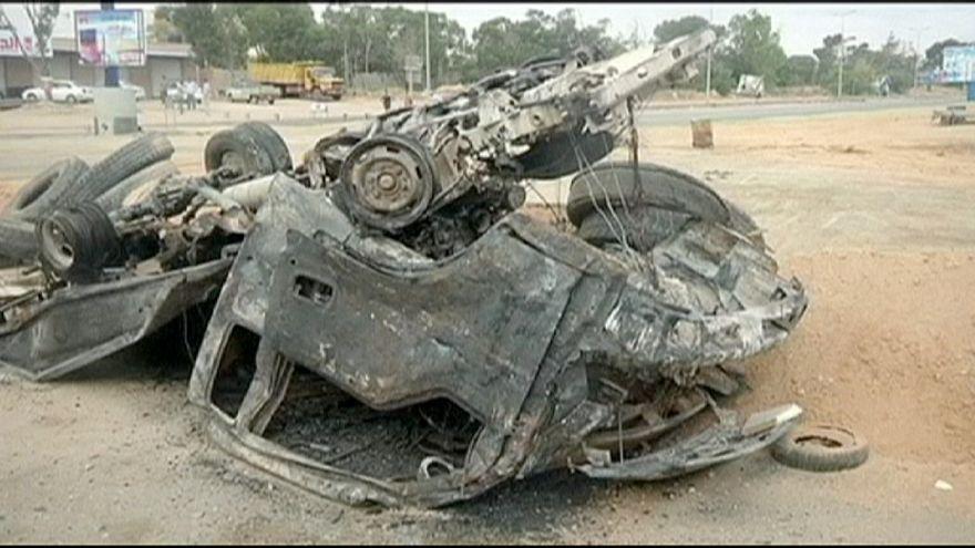 """Líbia: Governo rebelde apela à """"mobilização"""" contra o avanço do grupo EI"""