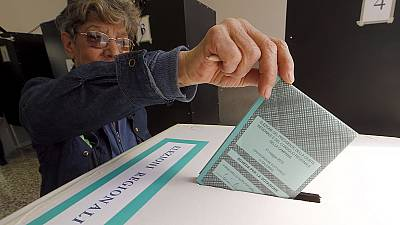 El Partido Democrático de Renzi se impone en cinco de siete regiones italianas