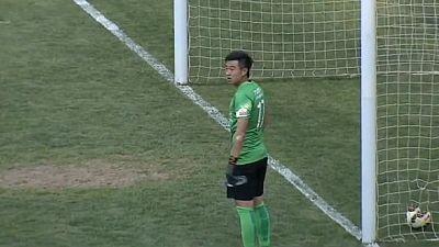 Bloopers: Há distrações no futebol que podem custar... 7500 euros