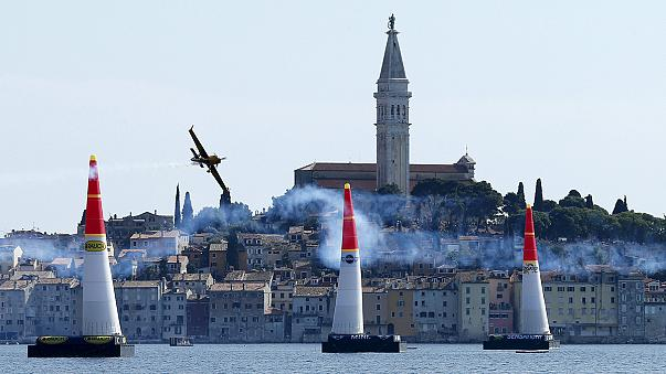 Red Bull Air Race: Arch flies to victory in Croatia