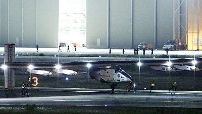 El mal tiempo obliga al Solar Impulse a aterrizar en Japón en su vuelta al mundo