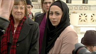 ΗΠΑ: Κέρδισε το δικαίωμα για μαντίλα στην εργασία της
