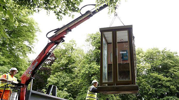 Belgium: Eltűnnek a telefonfülkék