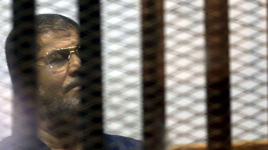 Drohende Todesstrafe für Mursi: Ägyptisches Gericht schiebt endgültiges Urteil auf