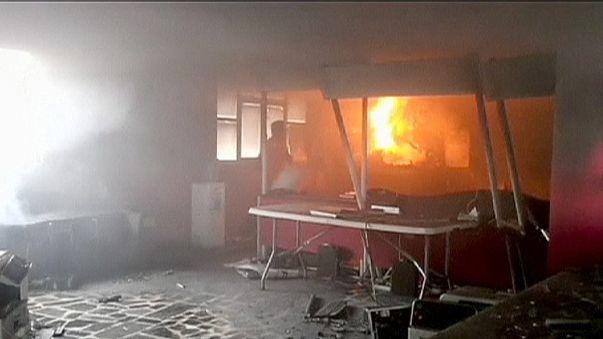 Мексика: учителя подожгли избирательный участок