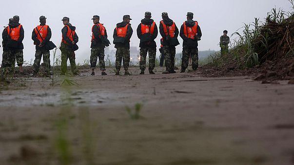 عملیات جستجو سرنشینان کشتی غرق شده در چین ادامه دارد