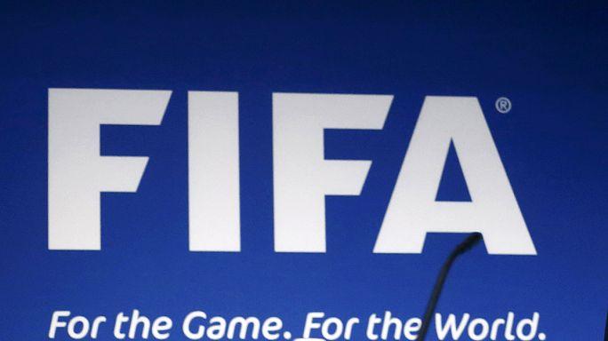 Güney Afrikalı yetkililer FIFA'ya rüşvet iddialarını yalanladı
