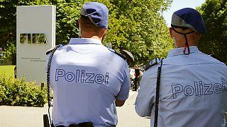 الفيفا: استمرار التحقيقات الجنائية