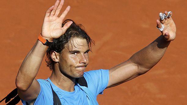 Roland-Garros: Djokovic sets up semi-final clash with Murray