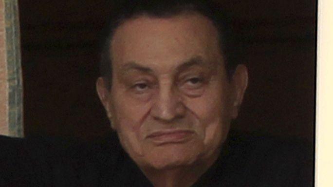 Novemberben folytatódik Mubarak pere