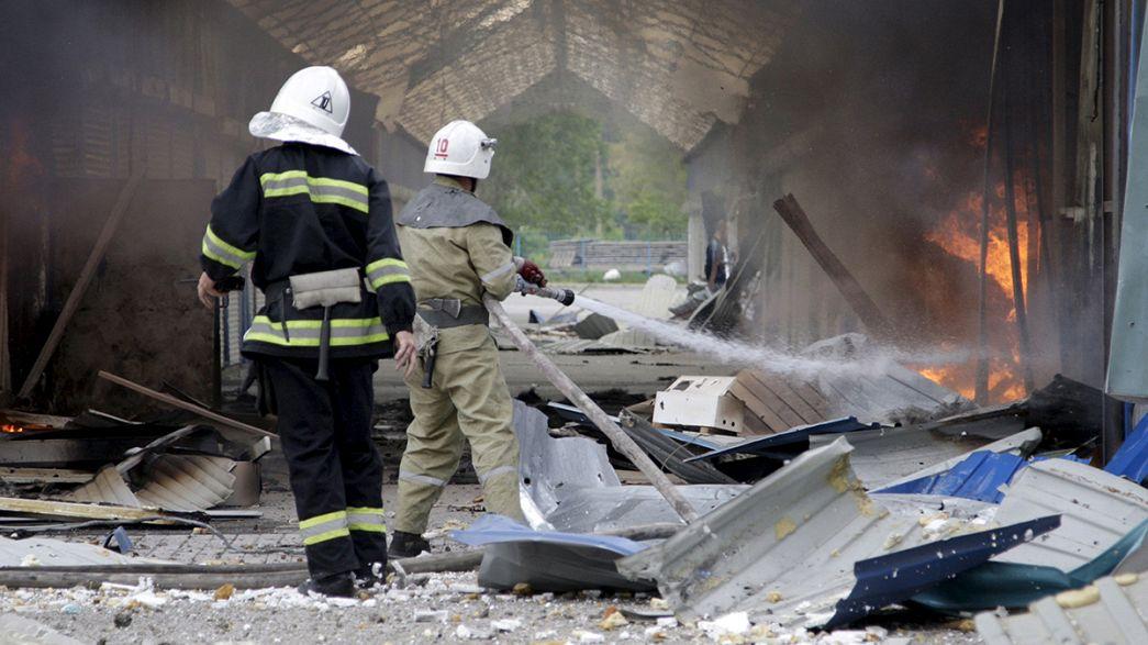 Ukrayna'da çatışmalar şiddetlendi ateşkes çatırdıyor
