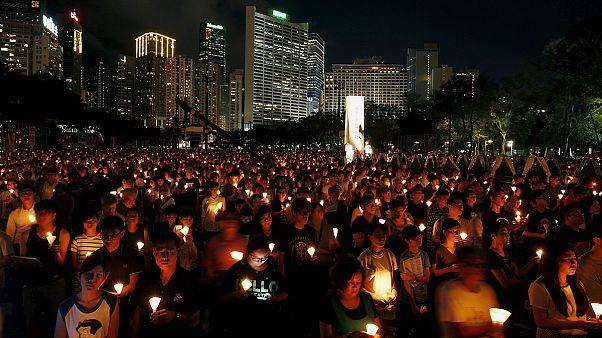 Hongkong: Tausende gedenken des Tiananmen-Massakers in Peking