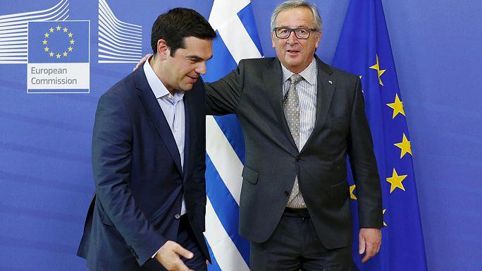Yunanistan borcunu ödemeyi erteledi