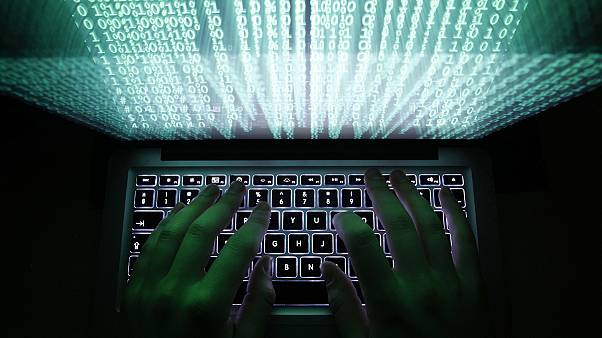 Huge cyber attack hits US government workers