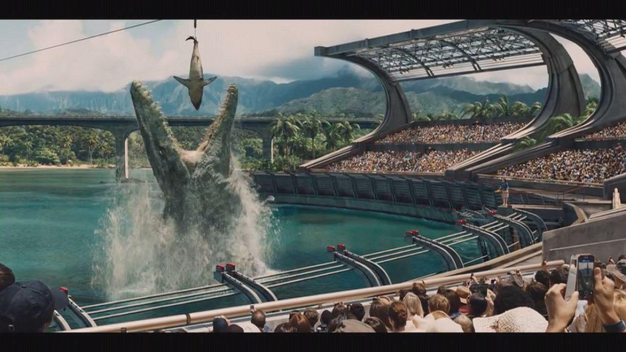 Jurassic World: dinos walk again