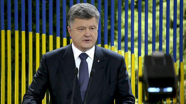 Ουκρανία: Προειδοποίηση Ποροσένκο για αναζωπύρωση του πολέμου στα ανατολικά