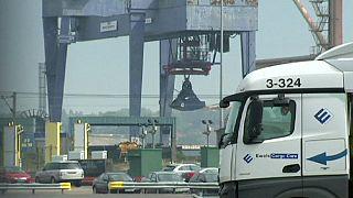 La policía descubre a 68 inmigrantes en contenedores en el puerto de Harwich