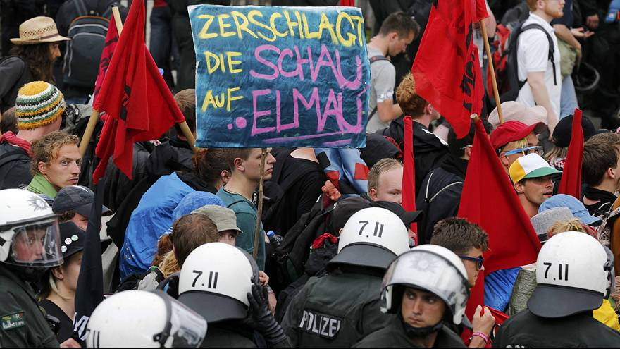Vor Treffen der G-7: Gegner demonstrieren in Garmisch-Partenkirchen