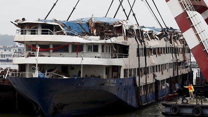 ارتفاع حصيلة ضحايا حادث غرق سفينة سياحية صينية إلى 396 شخصا