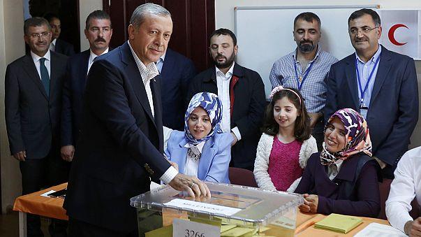 Turquía vive una jornada electoral clave para Reccep Tayyip Erdogan