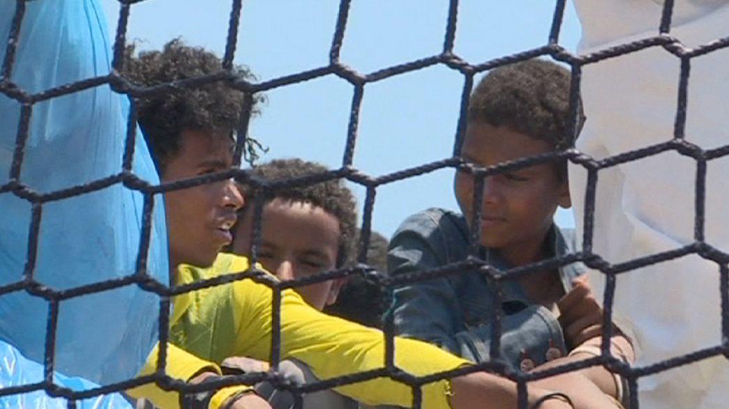 Internationale Flotte rettet weitere Bootsflüchtlinge aus dem Mittelmeer