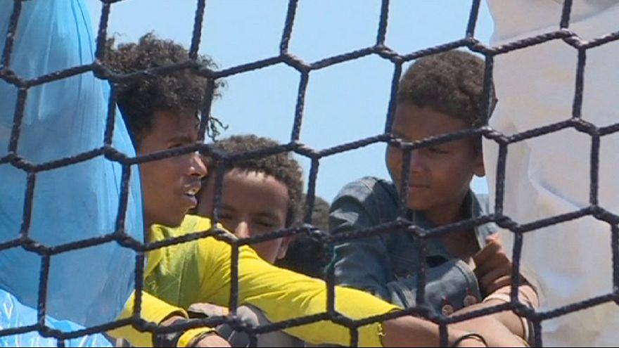 В Средиземном море спасены тысячи мигрантов