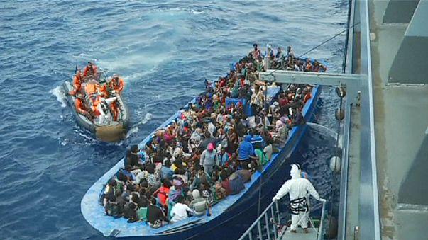 ما لا يقل عن ستة الآف مهاجر غير شرعي يصلون إلى ايطاليا خلال اليومين الماضيين