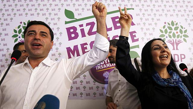 Kurds celebrate HDP showing in Turkish poll