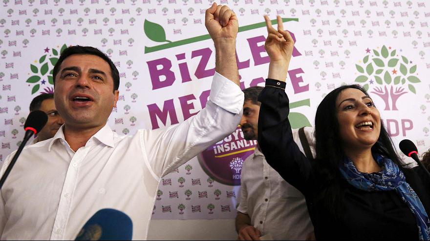 Kurds celebrate HDP showing in Turkish poll
