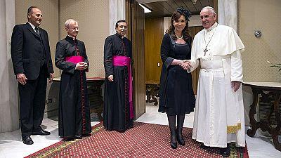 Papst empfängt Argentiniens Präsidentin de Kirchner im Vatikan
