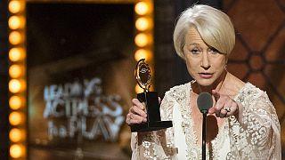 Η Έλεν Μίρεν κέρδισε το πρώτο της βραβείο Tony ως Βασίλισσα Ελισάβετ!