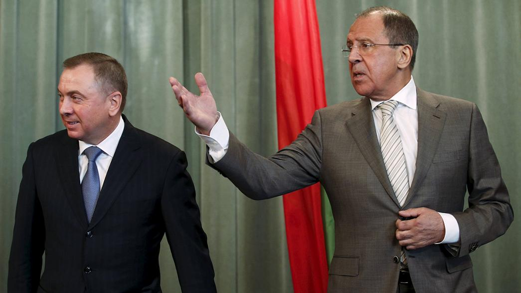 لافروف يتهم الأوكرانيين بالتحريض لابقاء العقوبات على موسكو