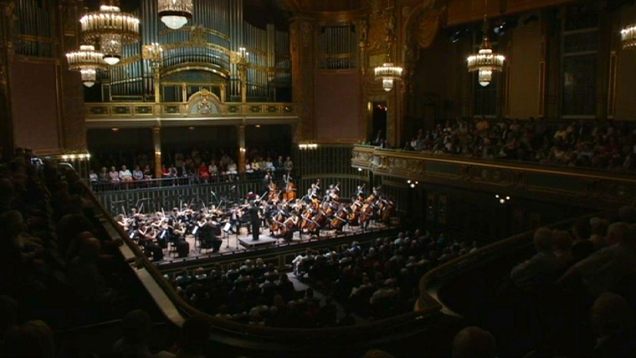 فوز آكاديمية لزت للموسيقى في بودابست، بجائزة أوروبا نوسترا