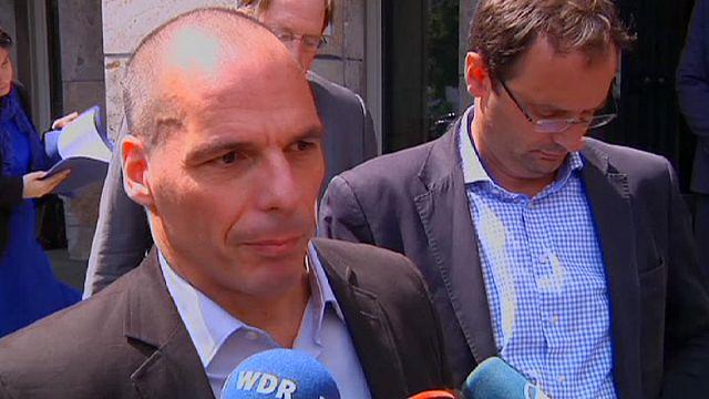 Yunanistan'ın borç krizi Berlin'de masaya yatırıldı